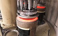 铜锅三工位复底钎焊料熔化